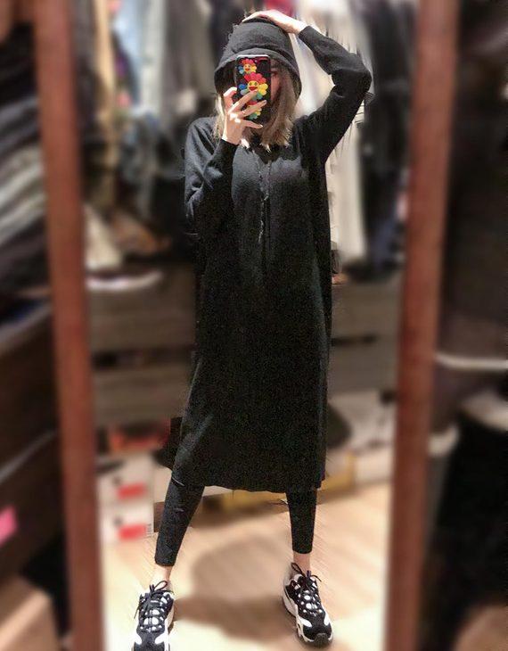 显瘦长款带帽针织裙(不退换)
