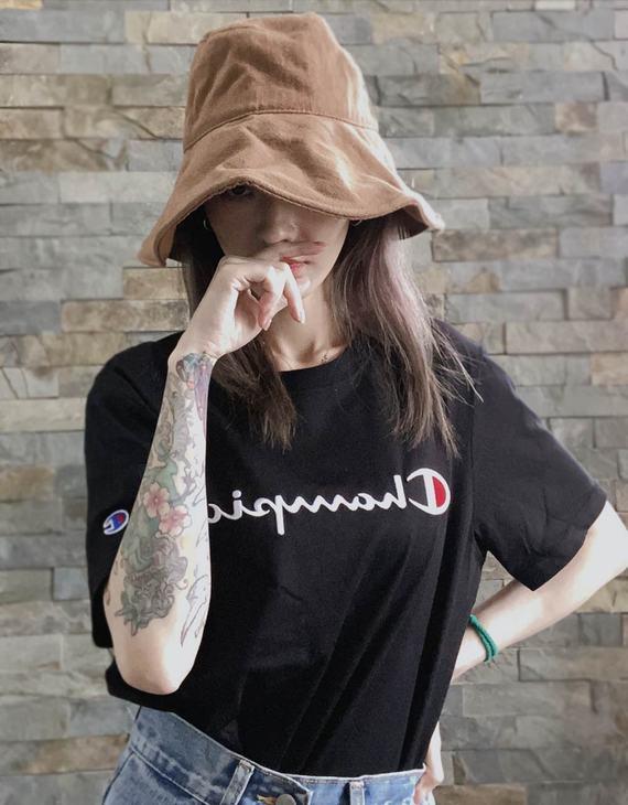 【多色可选】Champion 男女同款经典刺绣T恤(不退换)(新疆西藏不发货)